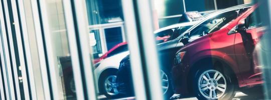 car-showroom-736x490
